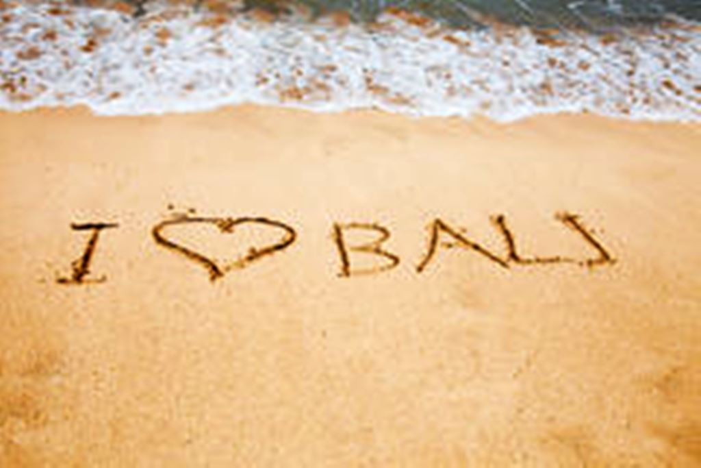 i-love-bali-inscription-sea-coast-56840575