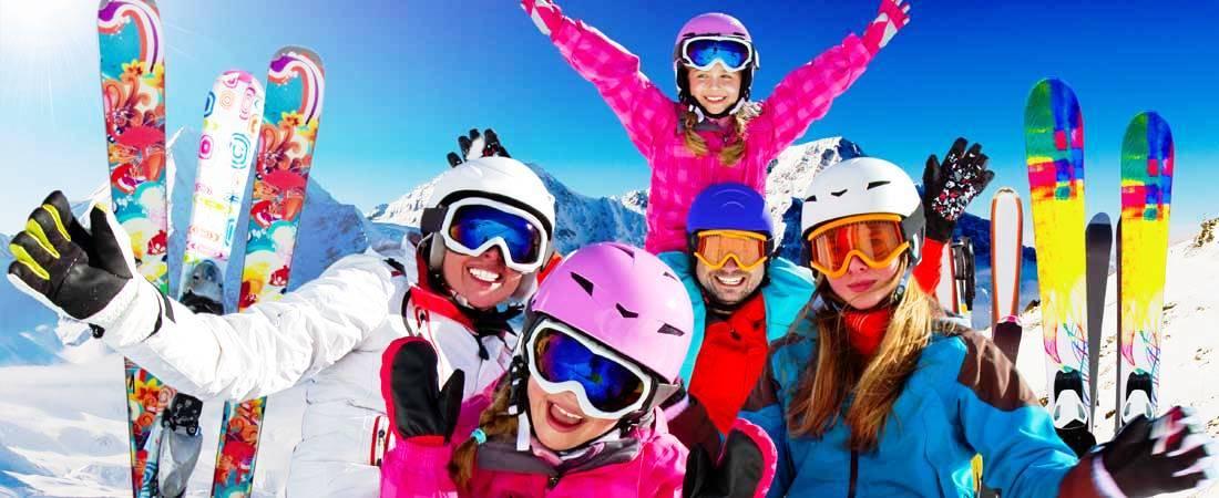 sciare-con-la-famiglia-e-bambini-scuola-sci-val-di-fassa-hotel-vicino-piste-da-sci
