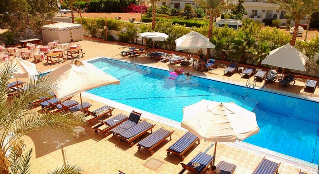 ocean-club-red-sea-hotel-5