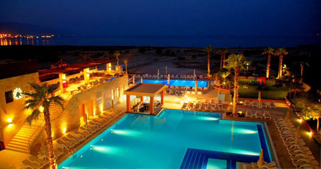 ramada-resort-dead-sea