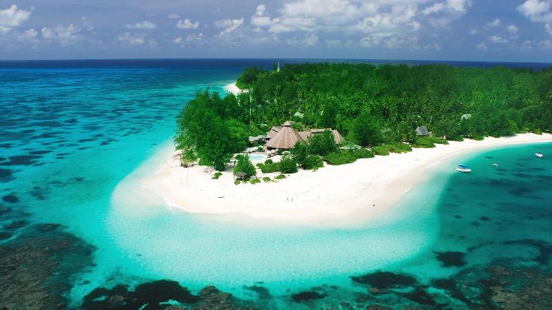 4549-ostrova-denis-island-1920x1080
